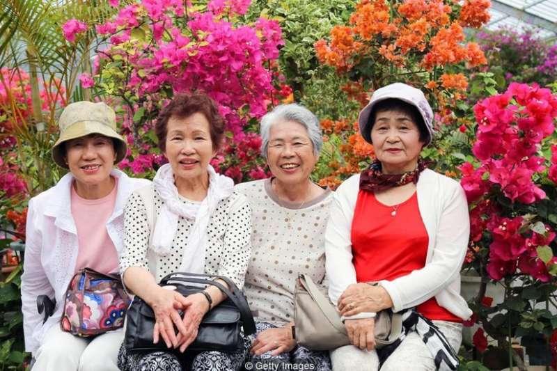 日本的沖繩的百歲老人比例為全世界最高。(圖/BBC中文網)