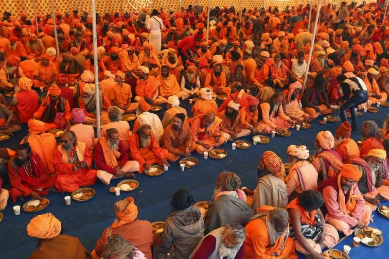 2018年12月22日,印度教信徒正為2019年「大壺節」做準備。(AP)
