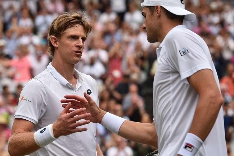 在四大滿貫賽改動決勝盤賽制後,像今年安德森與伊斯納在溫網決勝盤打到26比24的情況,將會越來越少見。 (美聯社)