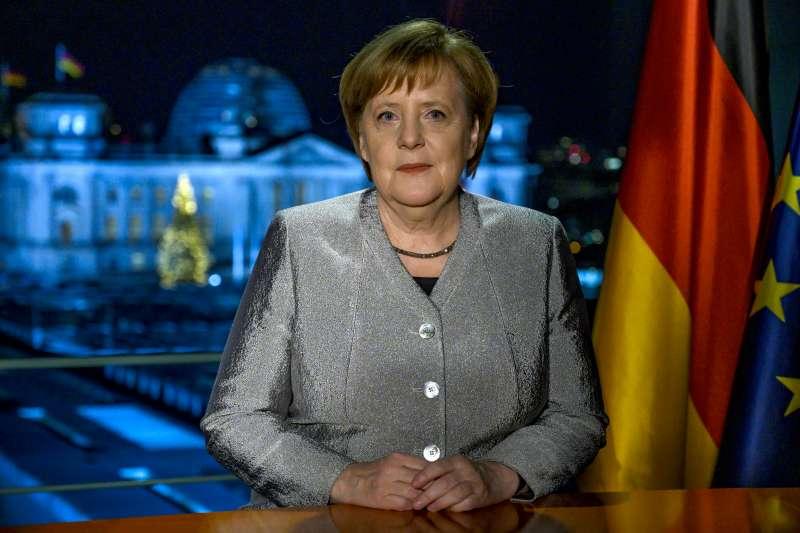 德國總理梅克爾在2019元旦致詞中作自我批評,同時呼籲國人團結一致、強調建立一個強大歐洲的必要性。(AP)