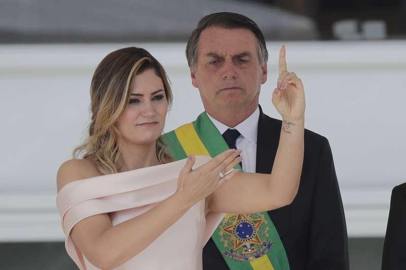 2019年1月1日,巴西新總統博索納羅與夫人蜜雪兒參加就職典禮(AP)