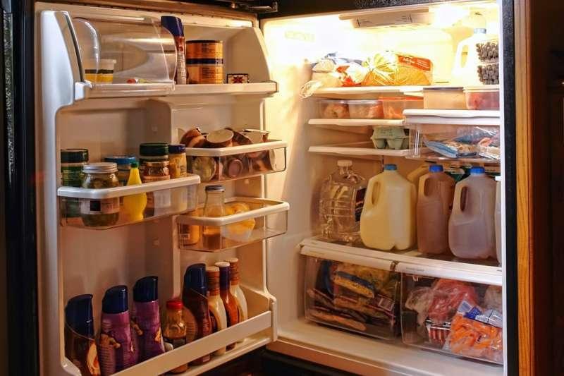 管理好冰箱的食物進出,就是日常食安的基本。(圖/食力foodNEXT提供)