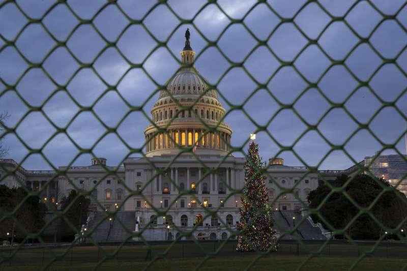 美國聯邦政府自2018年12月21日子時進入停擺狀態,造成80萬聯邦政府雇員放無薪假。(美聯社)