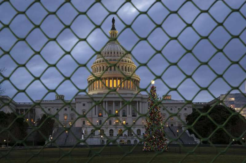 美國聯邦政府部分部門停擺,進入第3周,但民主黨與共和黨對預算案仍無共識。(AP)