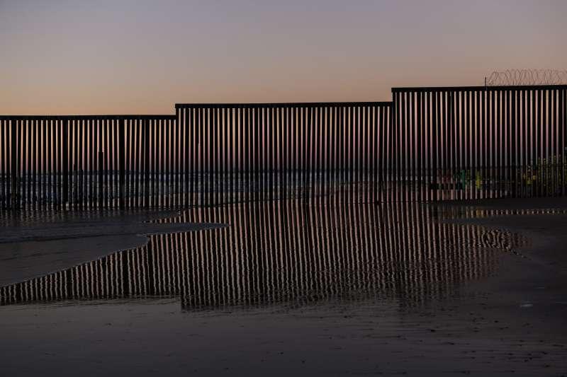 美國與墨西哥邊界,美墨邊界(AP)