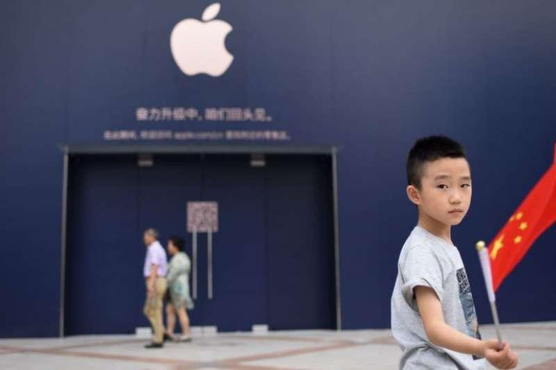蘋果中國市場遭挫 庫克預警折射深層次問題(BBC中文網)