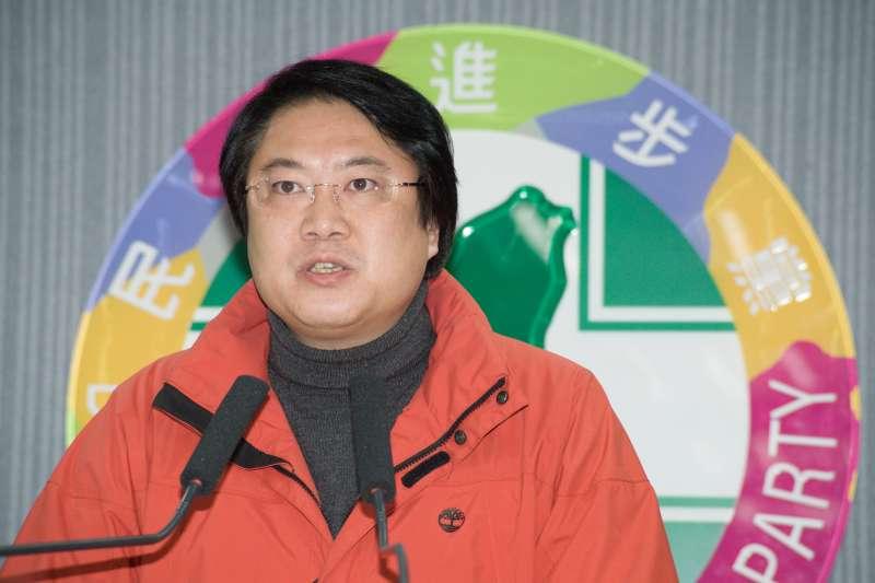 20190106_民進黨主席補選,代理主席林右昌宣布補選結果。(甘岱民攝)