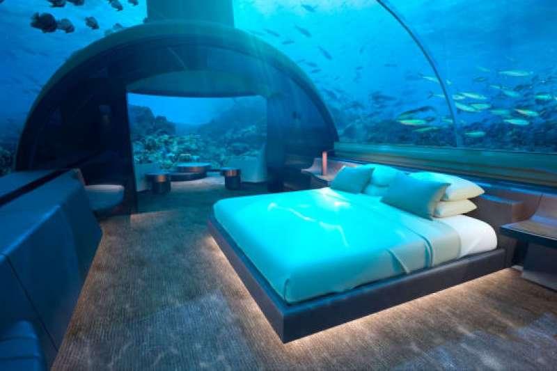 夢幻的海底客房,讓你與魚共眠。(圖/瘋設計)