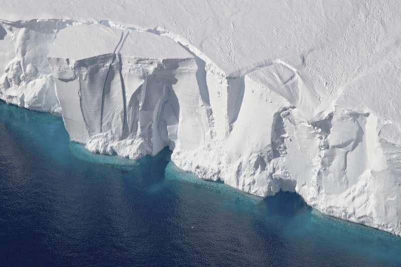 2016年的南極洲蓋茨冰架(美聯社)