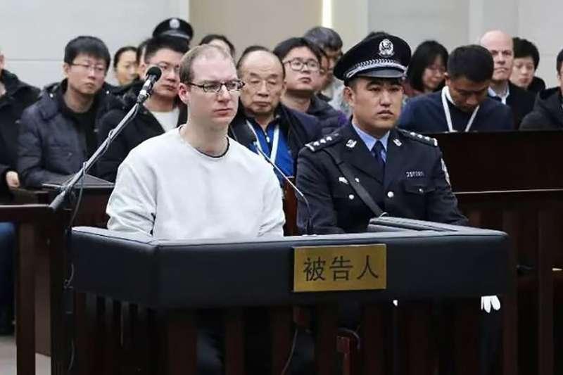 謝倫伯格案在短時間內完成重審,引起質疑。(BBC中文網)