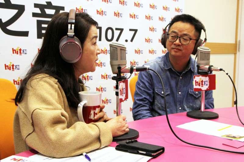 20190117-民進黨秘書長羅文嘉(右)17日上午接受《周玉蔻嗆新聞》專訪。(Hit Fm《周玉蔻嗆新聞》製作單位提供)