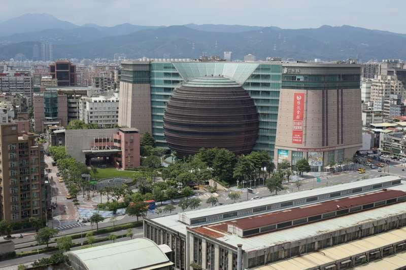 台灣房地產投資市場今年能否繼續維持榮景,關鍵可能在京華城。(郭晉瑋攝)
