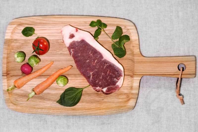 少吃肉,多吃蔬果,不再只是為了健康,甚至可以救地球。(示意圖/pxhere)