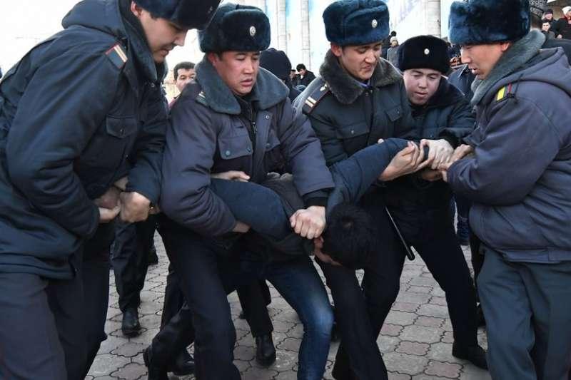 中亞國家吉爾吉斯爆發反中示威(BBC中文網)