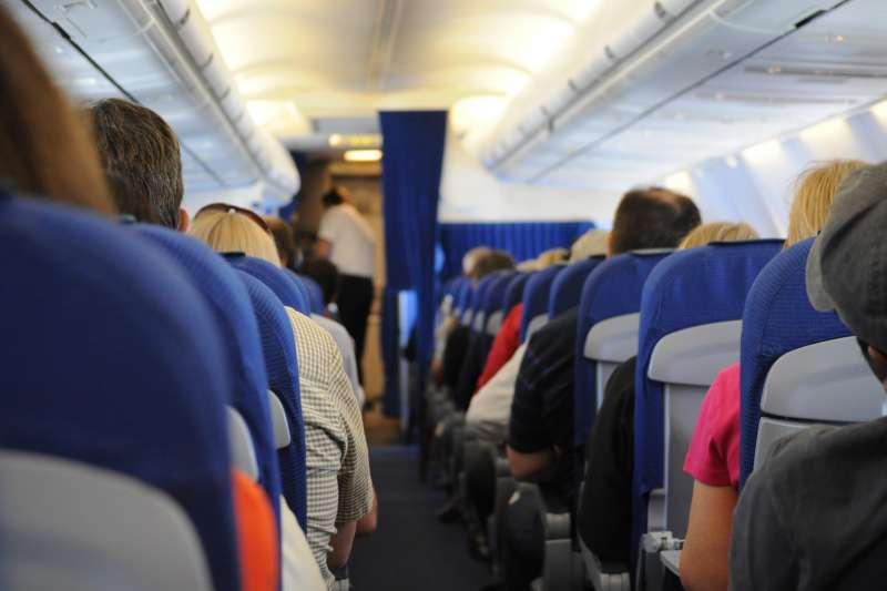 新冠肺炎疫情肆虐全球,對於需往返各地的空服員感染風險大增,返台更得接受隔離。而有空服員就坦言,這段時間是職涯中最難熬、焦慮的一段時光。示意圖。(資料照,取自Skitterphoto@Pexels)