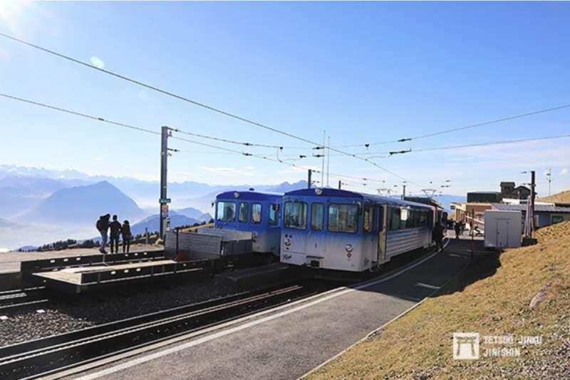 瑞吉登山鐵道的終點「瑞吉山站」,標高1752公尺,是歐洲海拔最高的標準軌鐵道車站。(圖/想想論壇)