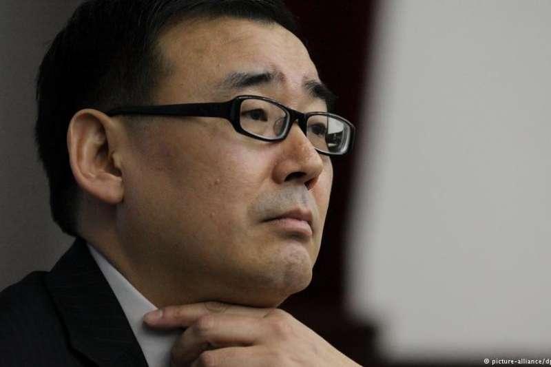 德國之聲訪問了雪梨科技大學中國研究中心的副教授馮崇義。 身為楊恆均的博士導師,及有多年交情的朋友,他認為楊恆均目前應該被關押在所謂的黑獄中。 (德國之聲)