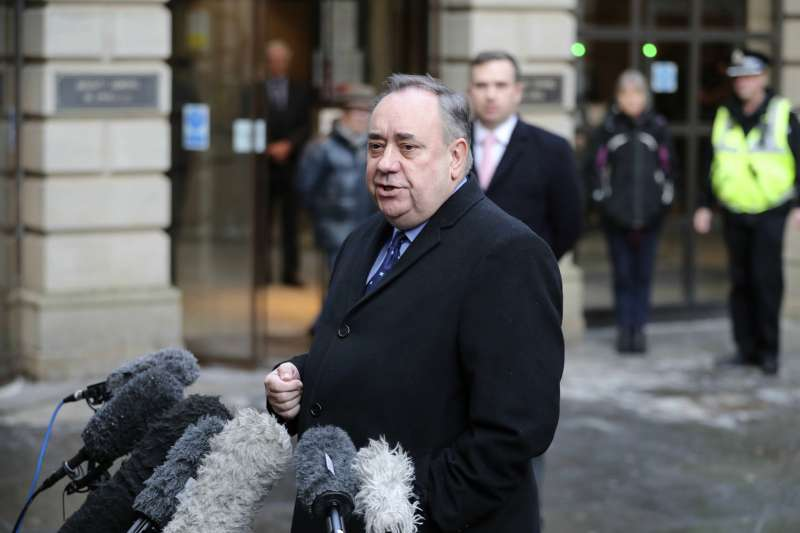 2019年1月24日,前蘇格蘭首席部長薩蒙德(Alex Salmond)因性侵罪出庭應訊(AP)