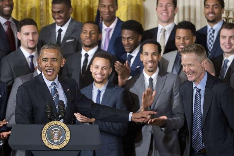 勇士對上一次以冠軍隊身份參訪白宮,已是2015年冠軍的一次。(美聯社)