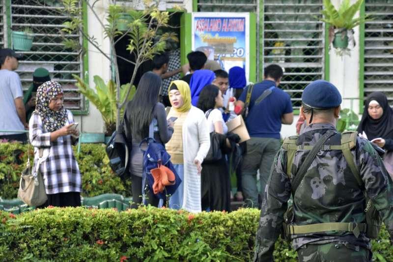這次公投過程中也出現手榴彈爆炸與投票所毆人事件,主要集中在反對莫洛國獨立的可塔巴托市。(美聯社)