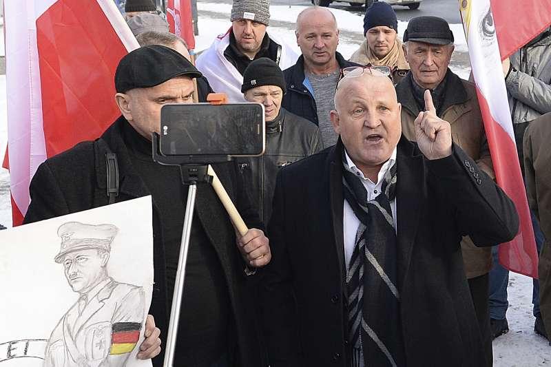 2019年1月27日,國際大屠殺紀念日,奧斯威辛集中營解放74周年紀念日,波蘭極右派分子抗議(AP)