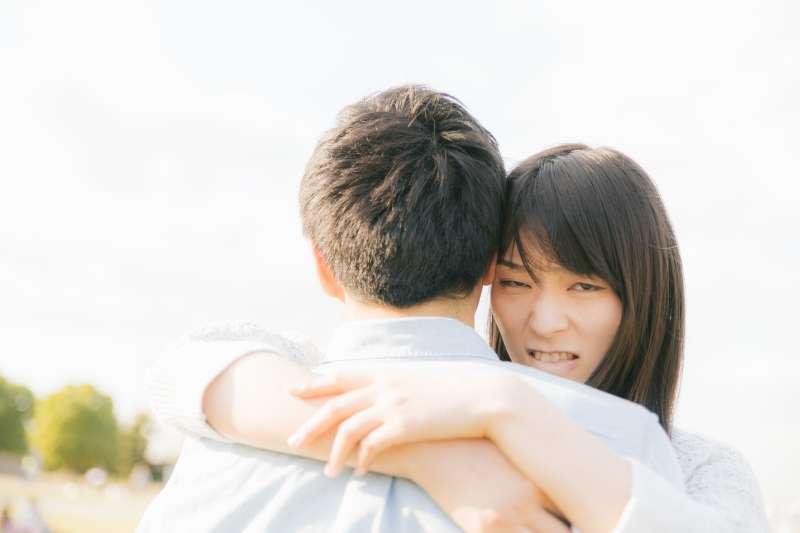 情侶之間,必須學會如何妥協與接受。(示意圖非本人/すしぱく@pakutaso)
