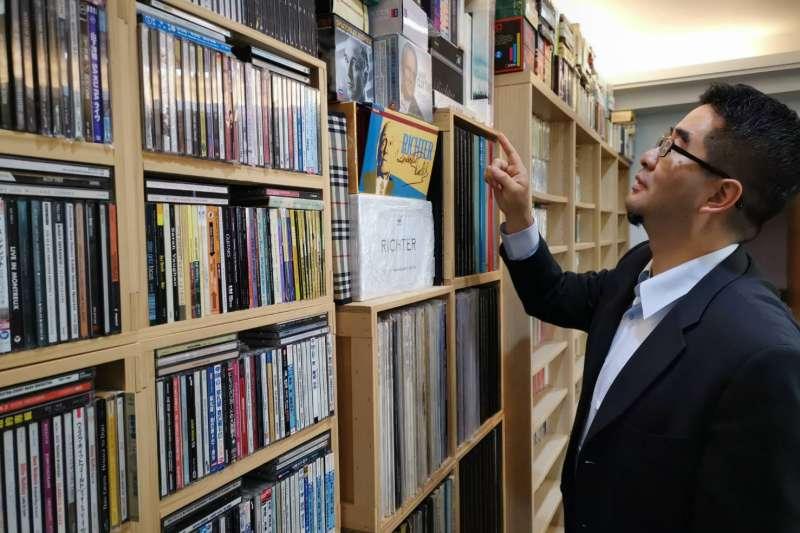 曾為協助籌劃馬習的馬英九基金會執行長蕭旭岑,許多人不知道他在國內古典音樂領域,是頗有名氣的樂評主筆。(蕭旭岑提供)
