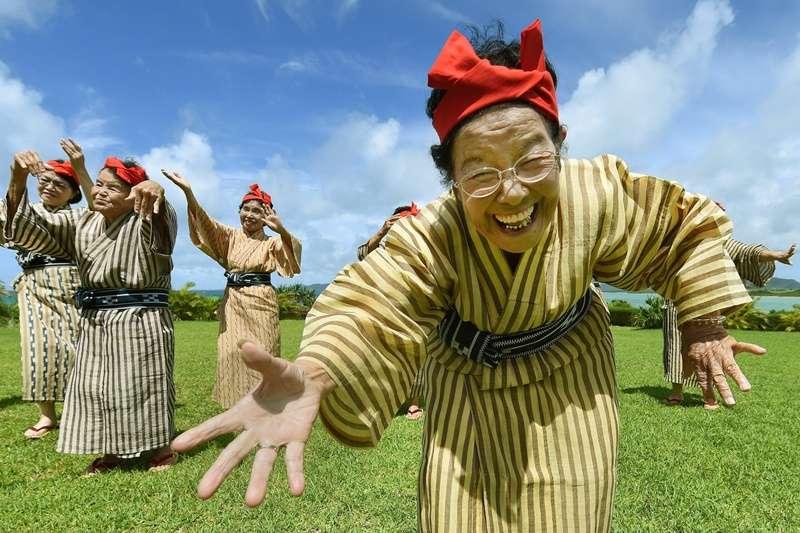 沖繩組合 KBG84,平均年齡 84 歲。(圖/*CUP)