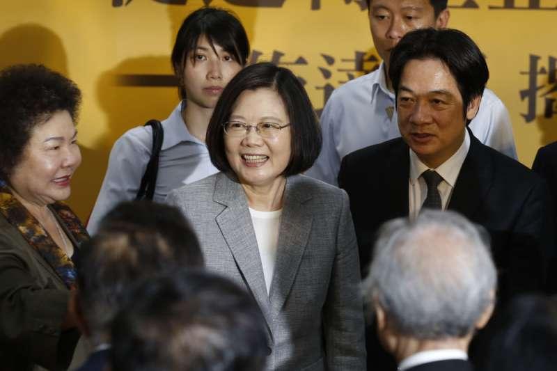 2020總統大選,藍綠兩黨副手人選尚未正式出爐。外界傳出,民進黨將在下周公布將推出「蔡賴配」參選。(資料照,郭晉瑋攝)