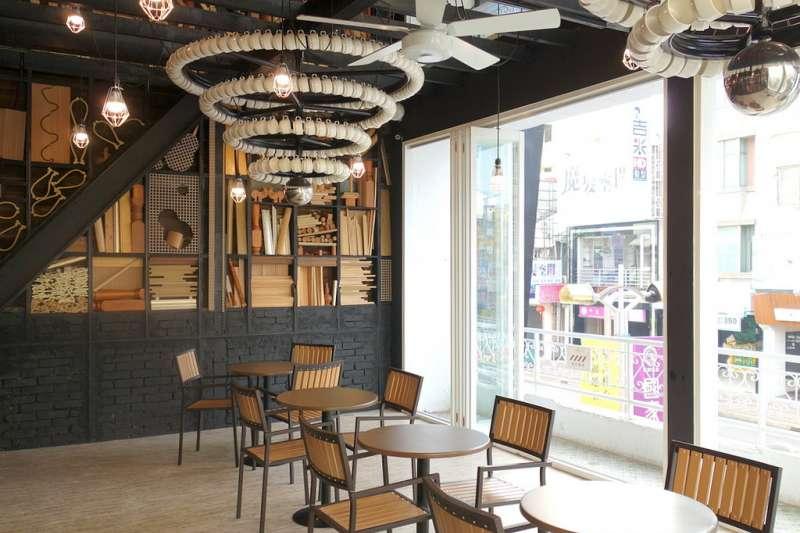 金鑛咖啡展店不如預期,2017年起陸續收掉逾20店。(miniQQ@flickr/CC BY 2.0)