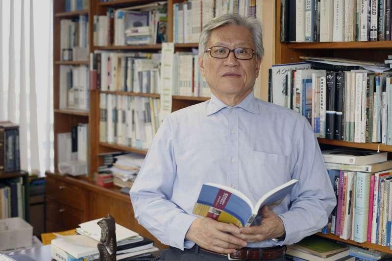 李敏勇召集1947豬年生的社會菁英籌組「四七社」。(郭晉瑋攝)