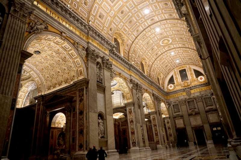 文藝復興時期的瑰寶:聖彼得/伯多祿大教堂(曾廣儀攝)