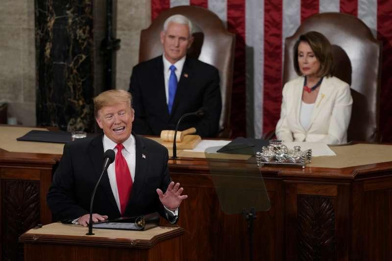 2019年2月5日晚間,美國總統川普在國會發表國情咨文。(美聯社)