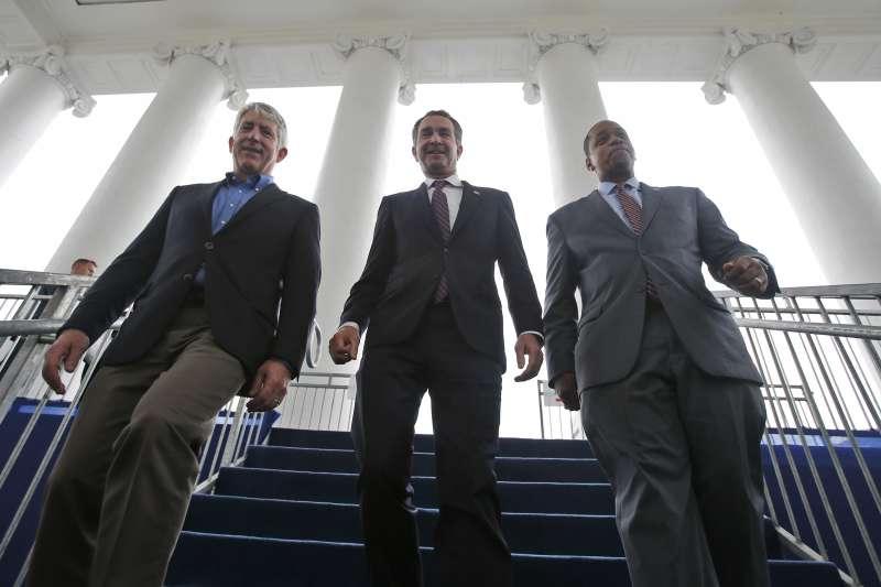 美國維吉尼亞州三巨頭,左起:州檢察長賀林(Mark Herring)、州長諾桑姆(Ralph Northam)、副州長費爾法克斯(Justin Fairfax)(AP)