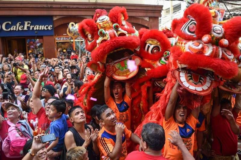 春節期間,馬尼拉中國城區舉行了慶祝活動(BBC中文網)
