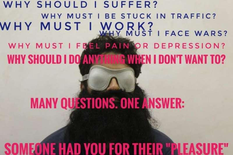 拉斐爾的臉書專頁貼滿許多標語:為什麼我要吃苦、為什麼我要被塞車堵在路上、為什麼我要上班等等。(BBC中文網)