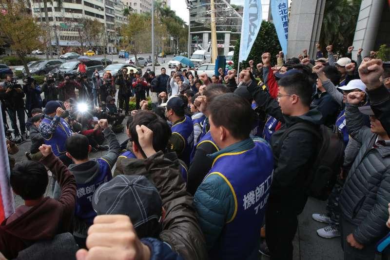 費鴻泰觀點:華航罷工曝露出的執政矛盾-風傳媒