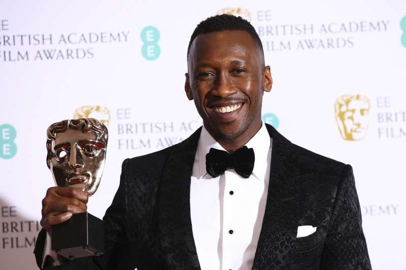 第72屆英國影藝學院獎(BAFTA):馬赫夏拉阿里以《幸福綠皮書》贏得最佳男配角(AP)