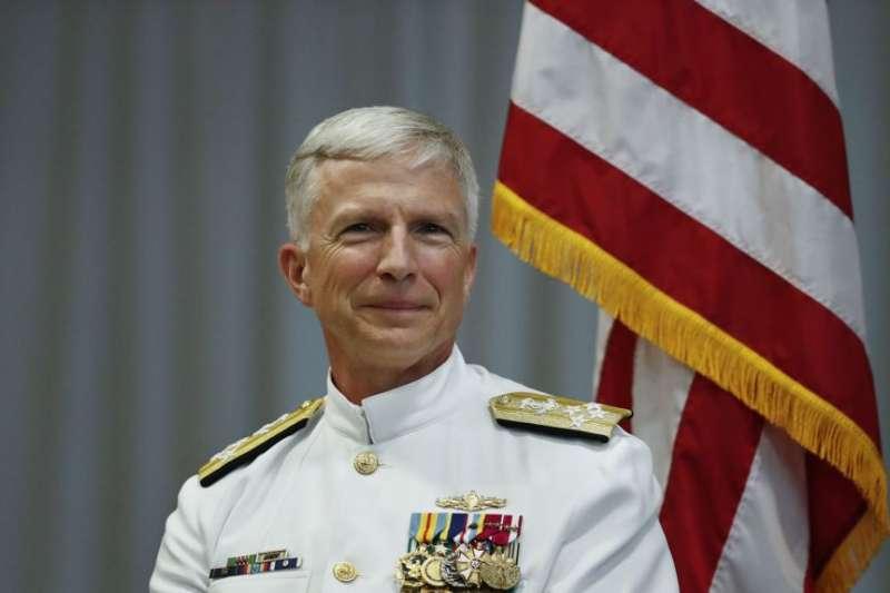 美國南方司令部司令,海軍上將克雷格・法勒在交接儀式上。(美國之音)