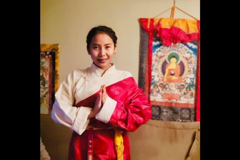 甫當選多倫多大學學生會長的拉姆(Chemi Lhamo),因其支持藏獨的立場遭中國學生留言灌爆,更連署要求校方取消她的當選資格。(取自Chemi Lhamo臉書)