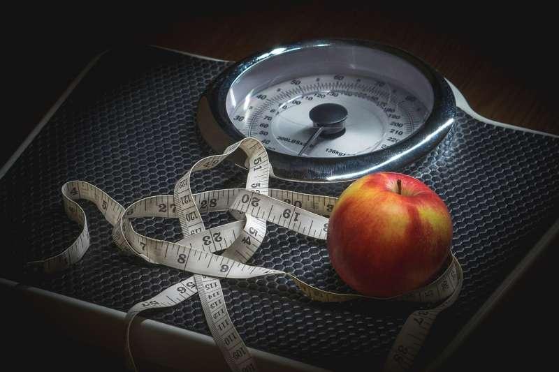 如果生酮飲食分解的是脂肪的話,的確能達到減重效果。可是若分解的是蛋白質,等於在耗損自己的肌肉和器官,不可不慎。(示意圖/Pixabay)
