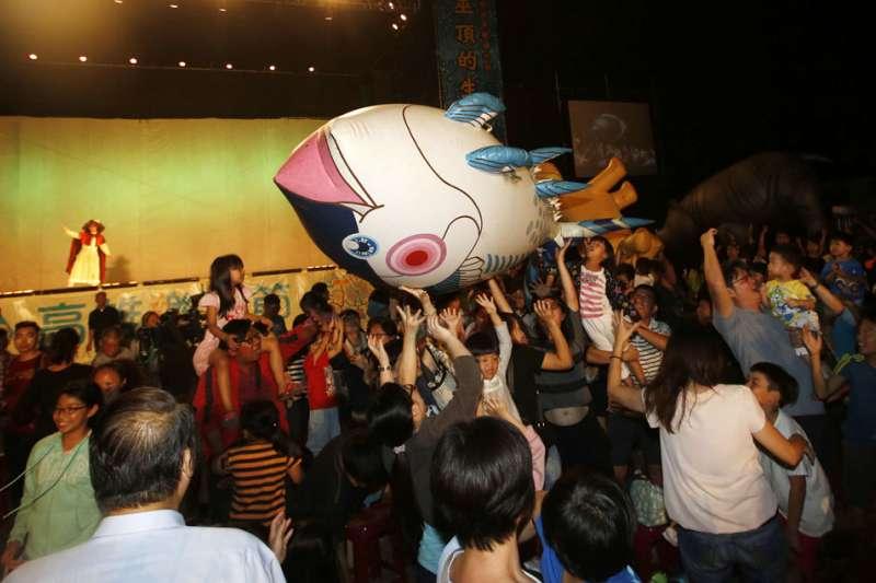 針對近日來風波,台中市文化局6日去電紙風車劇團,希望邀請紙風車到台中演出,但對方並未鬆口回應。(資料照,郭晉瑋攝)