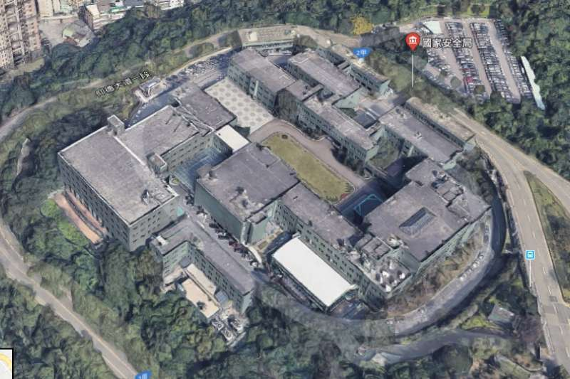 Google Maps近期在台灣開通3D功能,但也因此不少國軍重要處所、營區因而曝光,但現已改善。圖為國安局3D化圖像。(資料照,擷取自GOOGLE MAP)