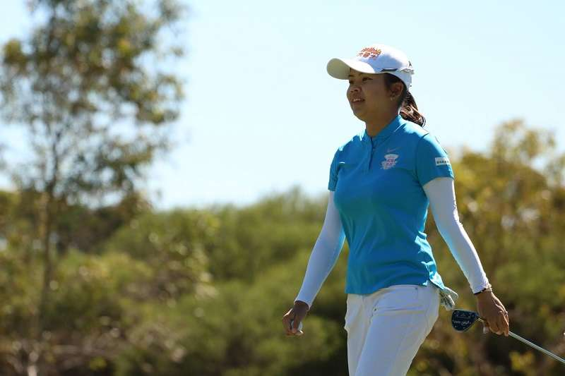 台灣徐薇淩在澳洲高球公開賽以134桿連兩天都領先群雌。(圖取自澳洲高球粉絲頁)