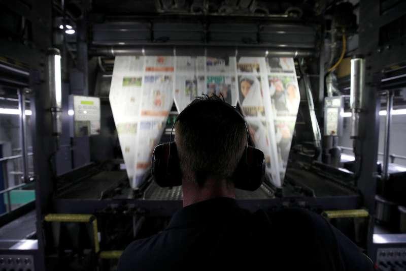 英國「泰晤士報」報章印刷。(圖片來源:路透社)