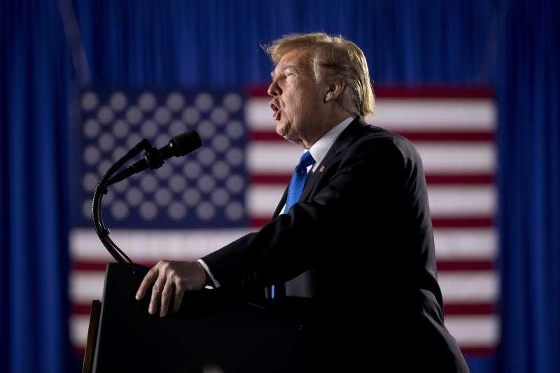為蓋牆宣布國家緊急狀態:美國總統川普被16州告上法院(AP)