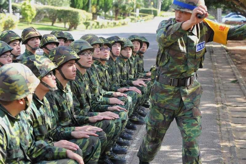 部隊普遍反映,現在兵都不能操又難管。(林瑞慶攝)