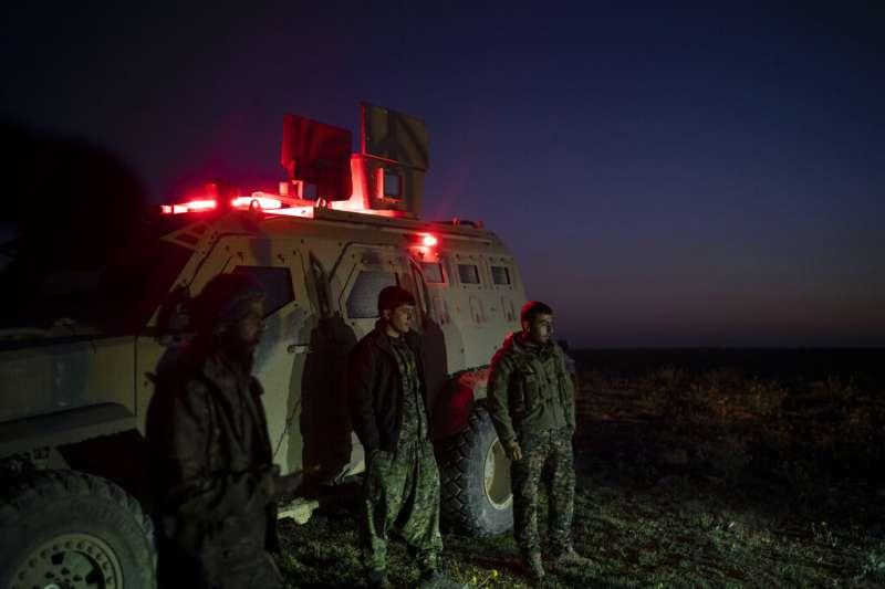 敘利亞庫德族戰士。(AP)