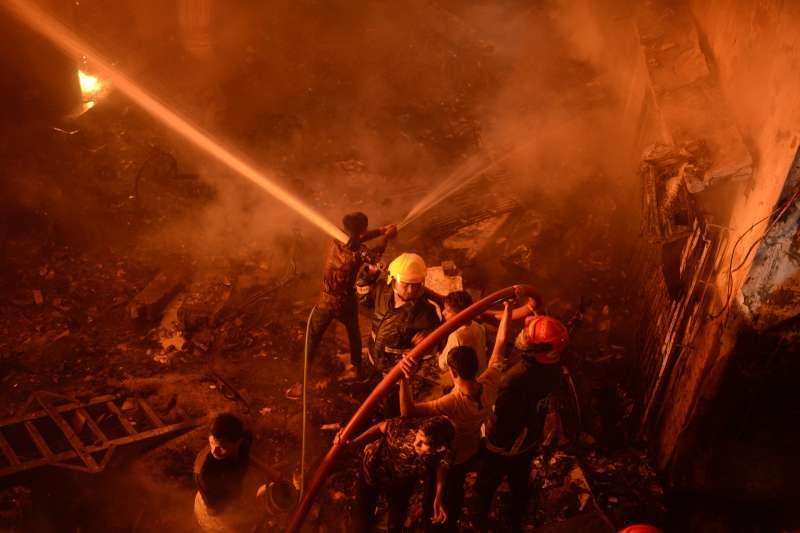 孟加拉達卡大火造成至少70人死亡(AP)