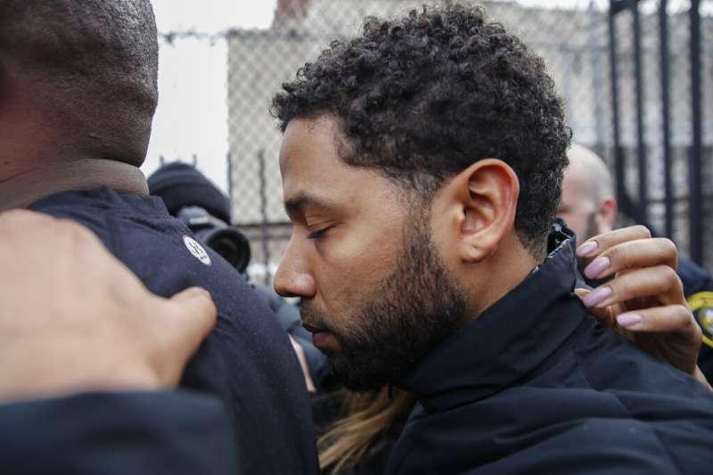 主演美劇《嘻哈世家》的非裔同志男星史莫雷特涉嫌報假案被捕。(AP)